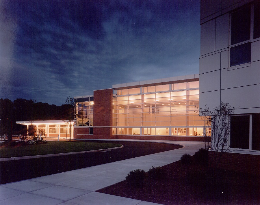 Midstate Medical Center after dark 900x710